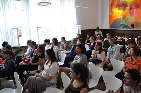 Teilnehmer/innen des WIFT Germany Brunch beim Filmfest München 2016